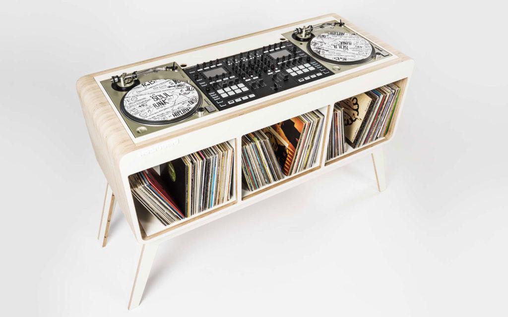 HOERBOARD COM.FOUR DJ STAND