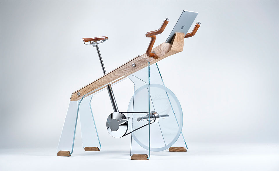 GEAR / SPORTS: FUORIPISTA EXERCISE BIKE
